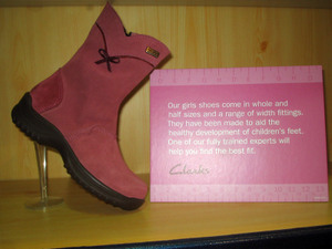 Pinkshoe1_1